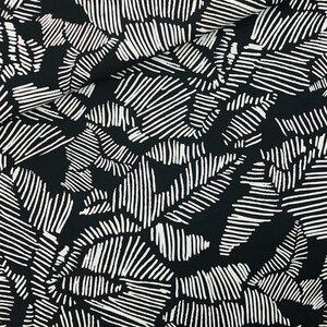 Winter rose zwart - canvas